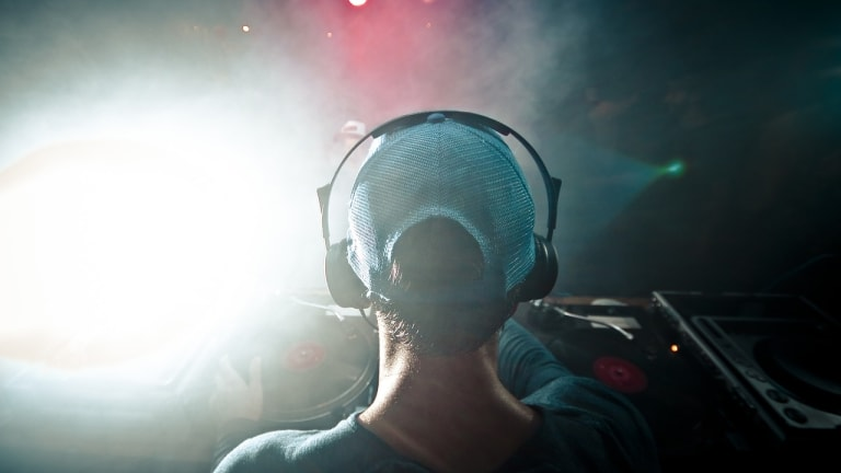 Multi-channel silent discos: The echo chambers of clubbing