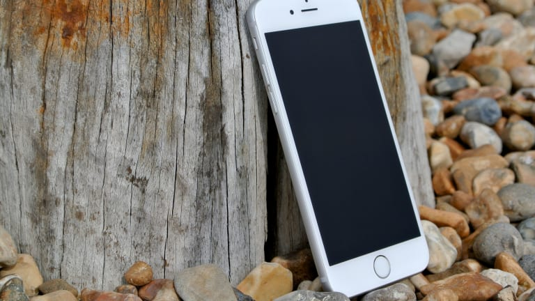Petition Launched To Stop Apple From Implementing Technology That Could Disable iPhone Camera