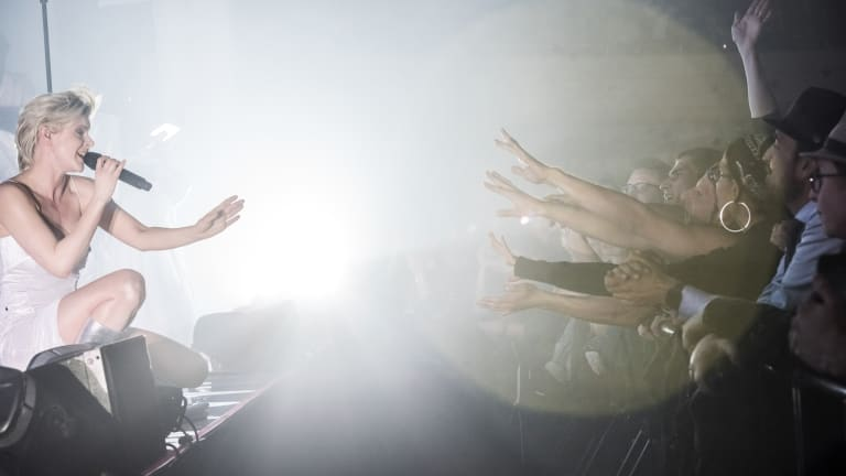 Robyn Delivers Triumphant Sold-Out Performance at LA's Hollywood Palladium