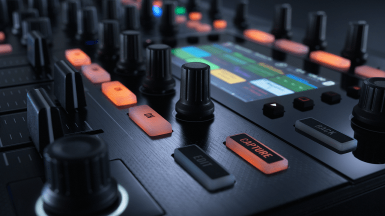 Top 5 DJ Controllers of 2015