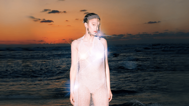 """Premiere: Louise Makes a Splash with Debut Release """"Water in Water"""""""