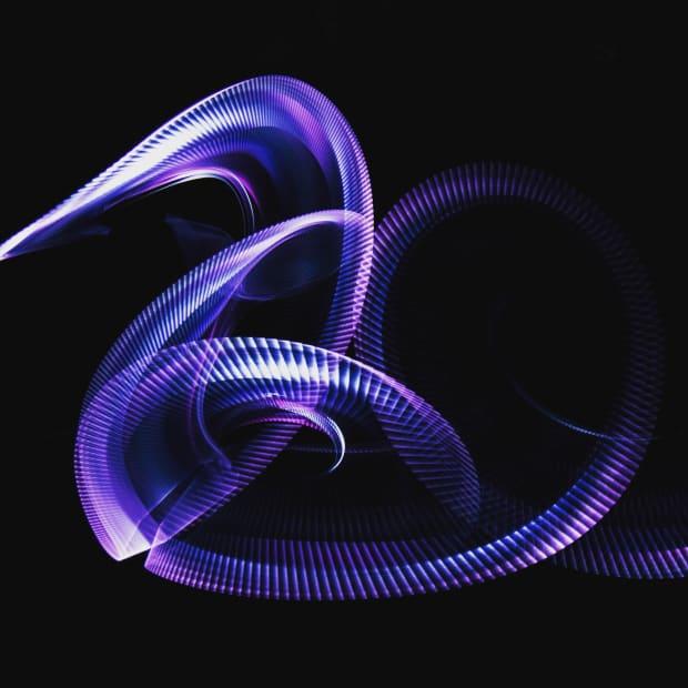 swirling-purple-light-streaks