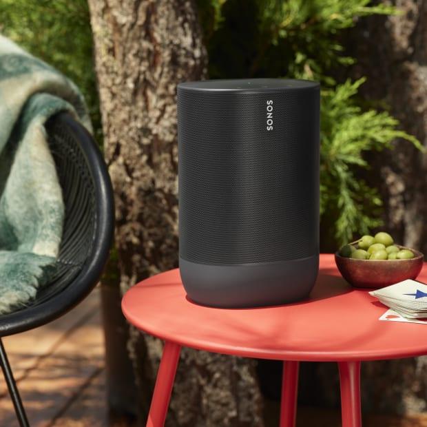 Sonos Move Black Table