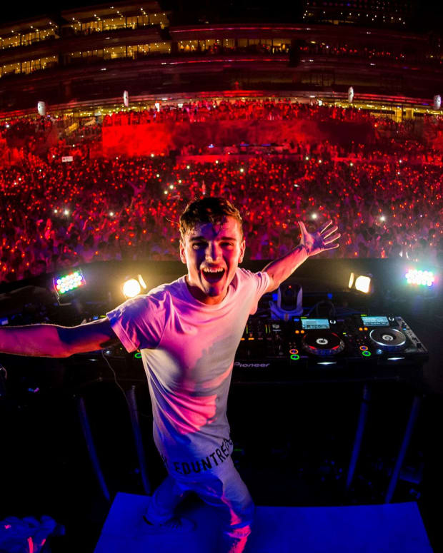 Martin-Garrix-at-Sensation-Dubai-2014.jpg