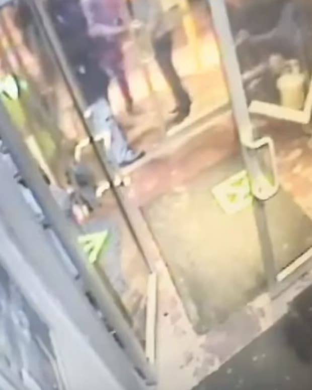 chilling-footage-of-calgary-nightclub-shooting-surfaces-body-image-1452612211.png