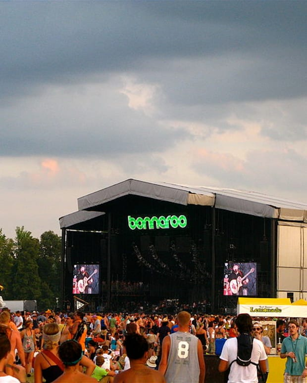 Bonnaroo stage