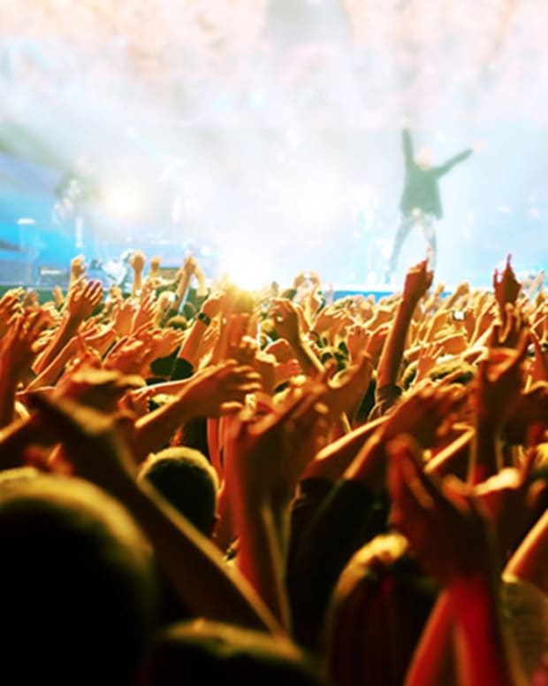 Big-concert-gig-show-festival-crowd-band-music.jpg