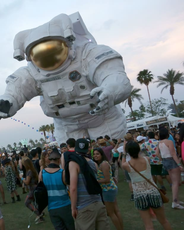 Coachella (photo by Sam Howzit)