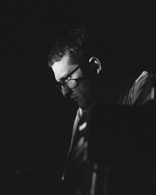 Floating Points (photo by Camille Blake)
