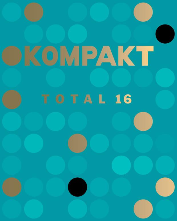 kom360_komCD132_front_promo_3000px.jpg