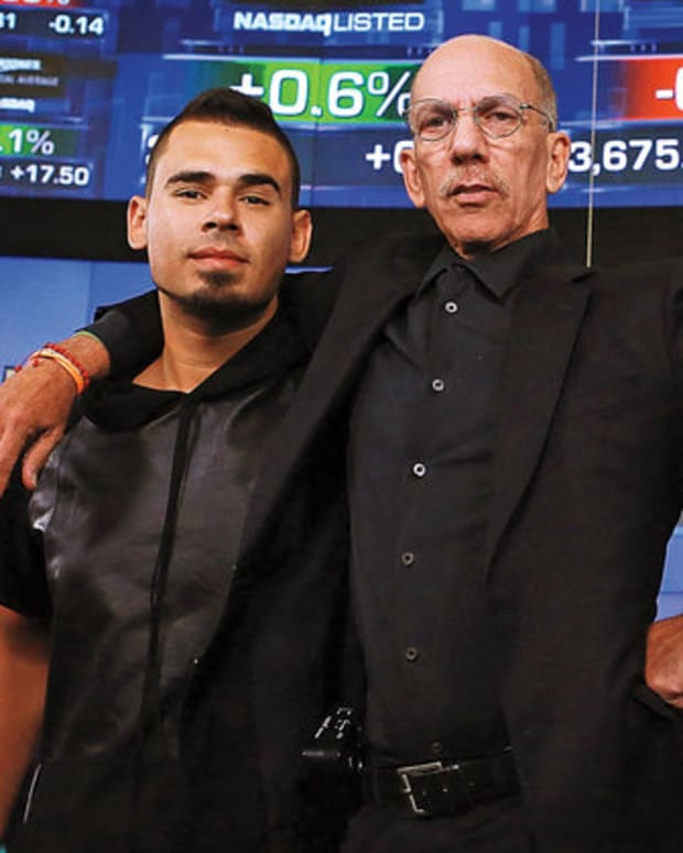 Afrojack-and-sillermand-bb16-fea-sfx-2016-billboard-1548.jpg