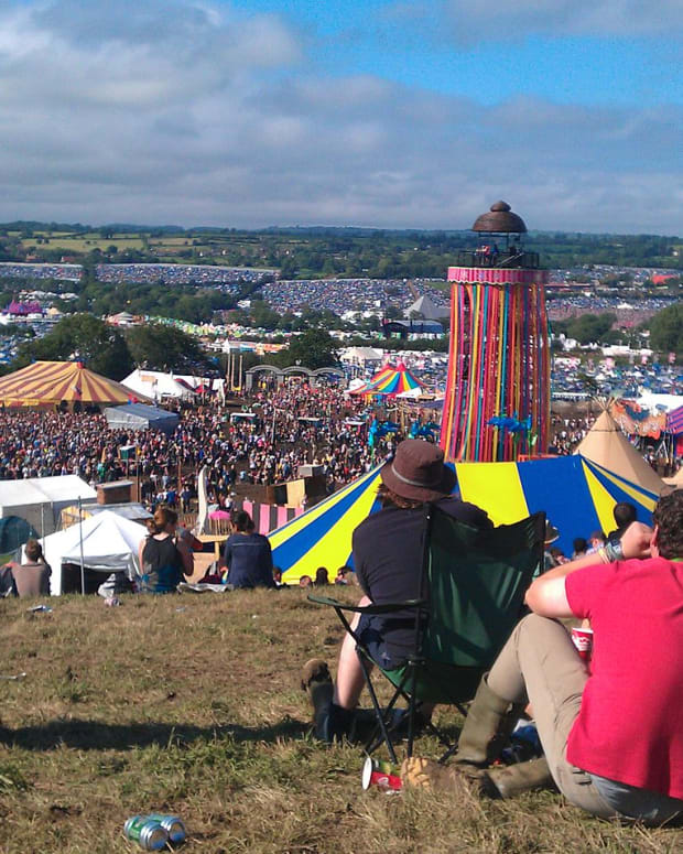 Glastonbury (photo by Bennydigital)