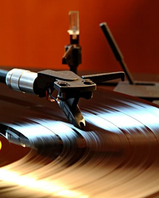 vinyl (photo via Wikimedia Commons)