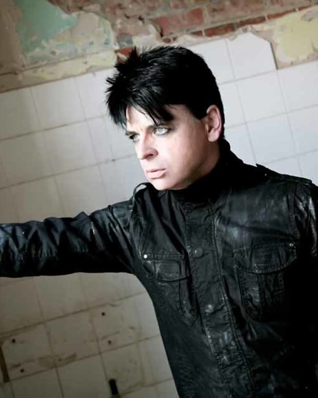 Gary-Numan-MAIN-PHOTO-2