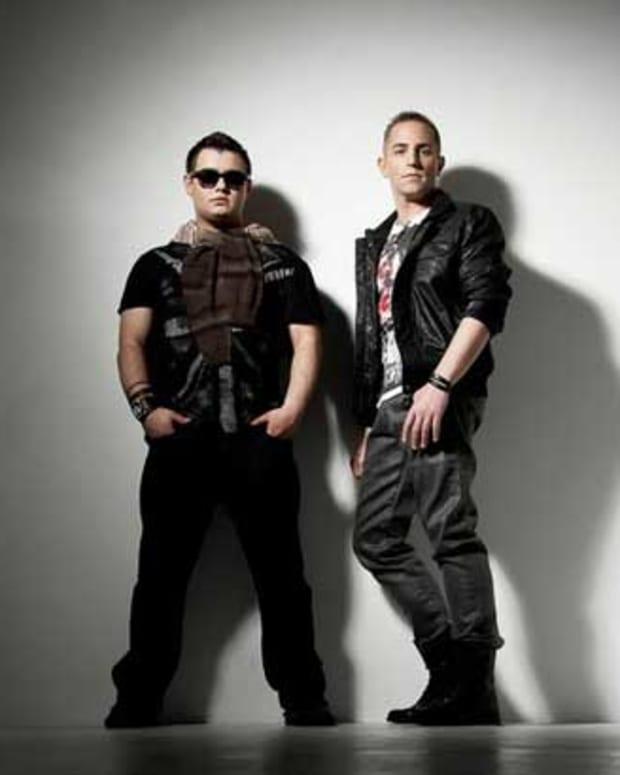 Myon-&-Shane-54