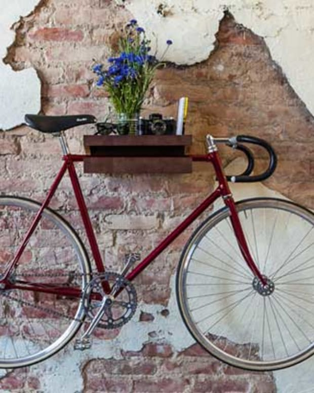 FIXA: A Bike Shelf With More Than One Function