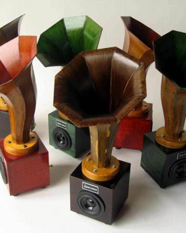 "Xmas Want: 19"" Hornlet Speakers By Specimen—Hi-Fi Stereos Get A Little Horny"