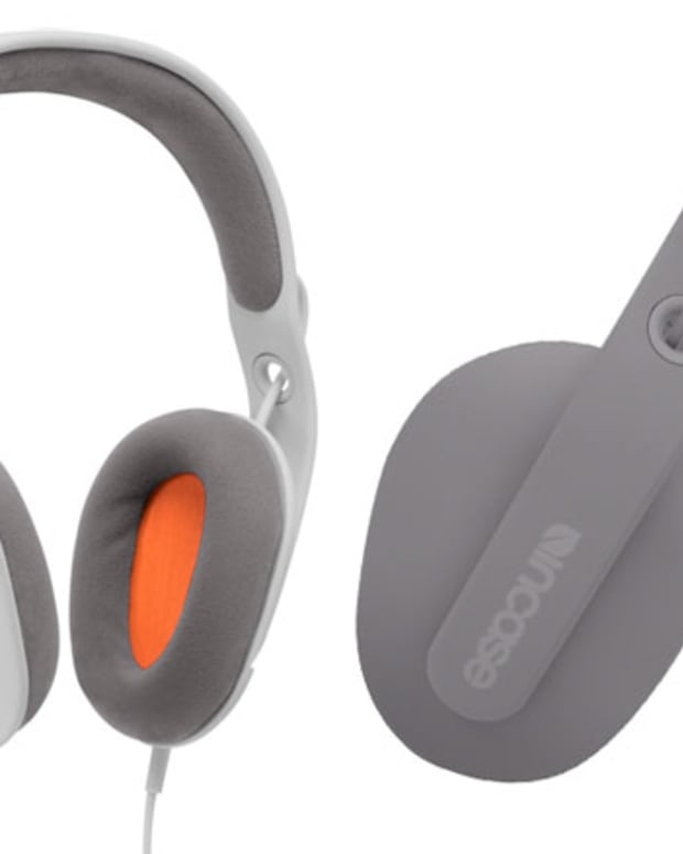 Xmas Want: Sonic Headphones by Incase
