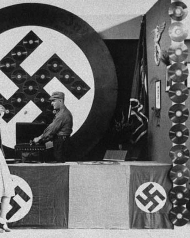 Nazi Audio Propaganda From 1932