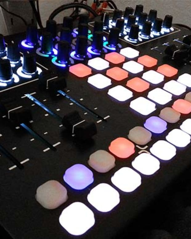 DJ Gear Review: Livid CNTRL:R Midi Controller With Traktor4x4.com v1 Mapping