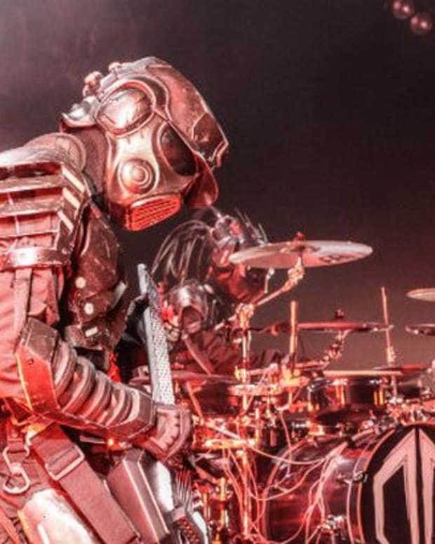 EDM News: Destroid Launches SCi-Fi Video of Girls Twerking