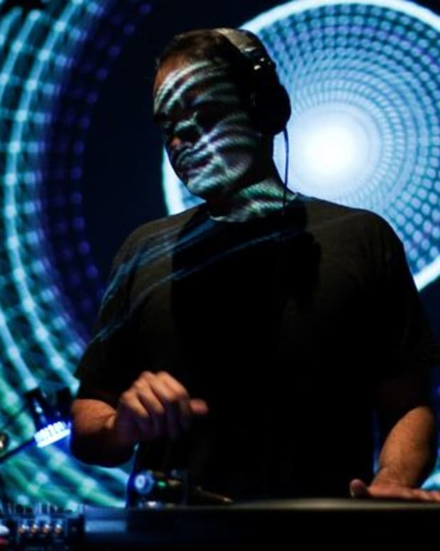 EDM Event: Techno Greats John Tejada, Pole, And Plaid At Grand Performance's California Plaza