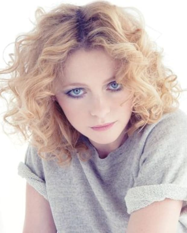 "EDM News: Goldfrapp Announce New Album A Tale Of Us; Release New Video For First Single ""Drew"""