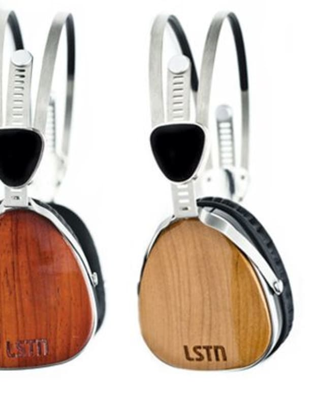 EDM Culture: 5 Awesome DJ Fashion Accessories To Help You Shine When You Spin