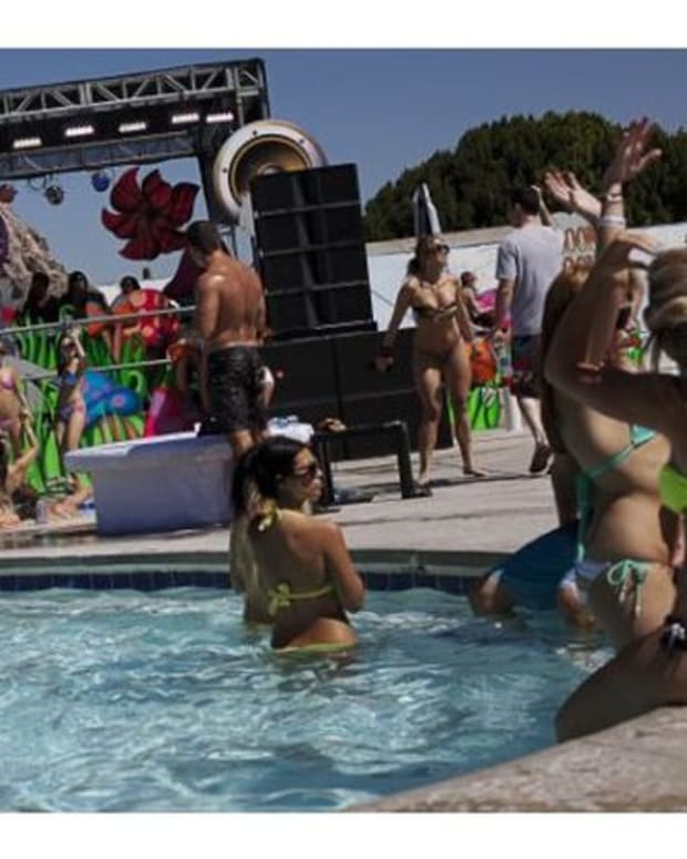 EDM News: Huntington Beach Officials Seek To Prevent EDM Pool Party