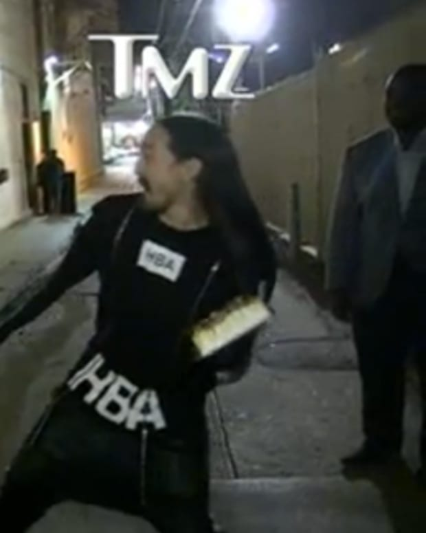 Watch A Steve Aoki Fan Get A Cake In The Face At Close Range - EDM Culture