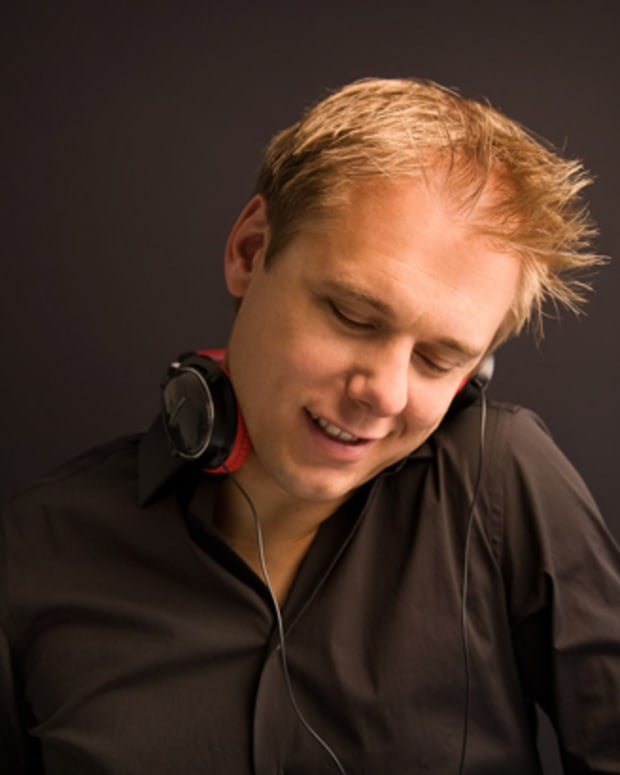 "Heineken Teams Up With Armin van Buuren ""Dance More, Drink Slow"" Campaign - EDM News"