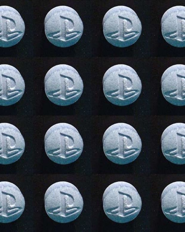 Los Angeles Pill Warning: Don't Take The PS4s, Instagrams And More