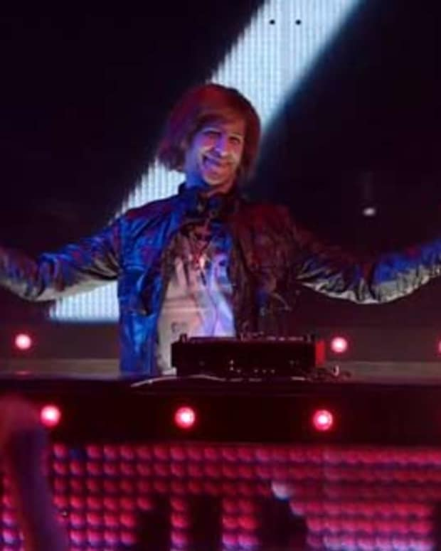 TURNT UP FOR DEATH: SNL Spoofs EDM And It's Actually Funny!