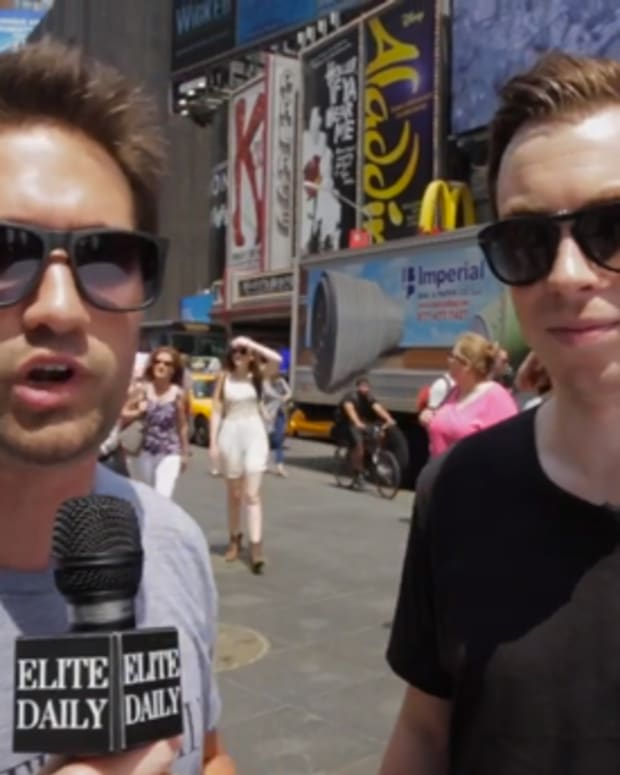 EDM Struggles: Hardwell Gets Trolled By Hardwell In Times Square