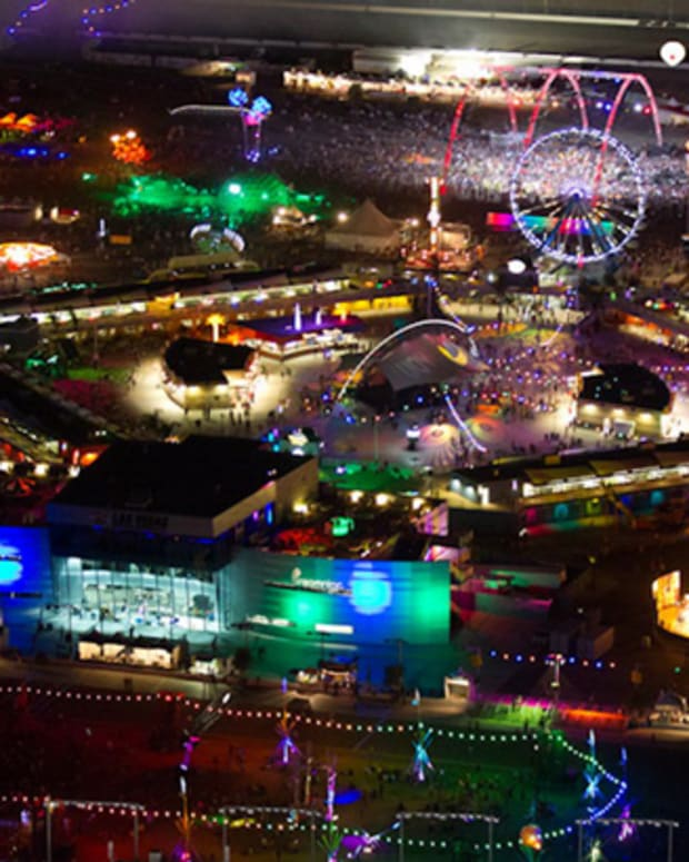 How Big Is EDC Las Vegas? This Big...