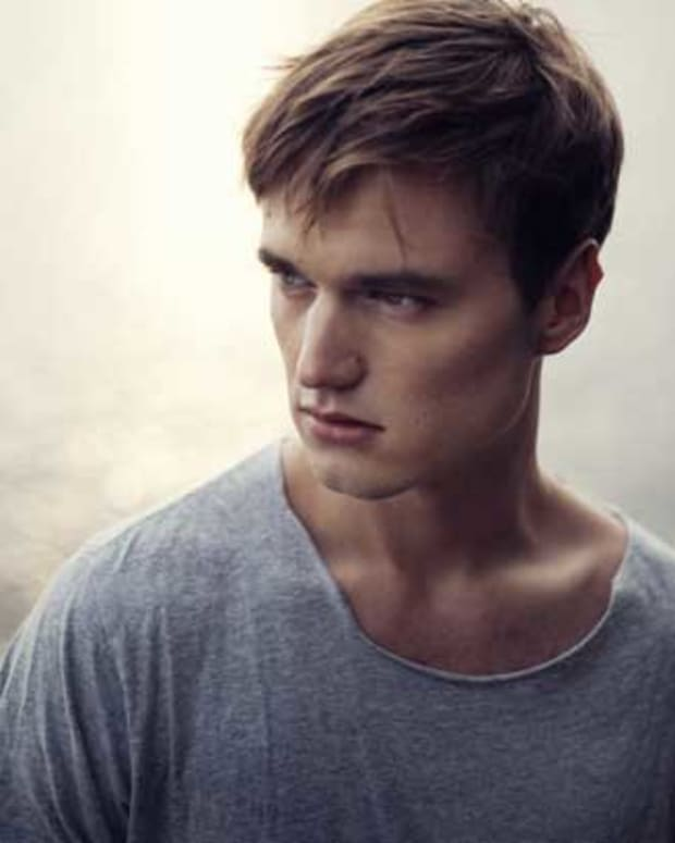 ADRIAN_LUX