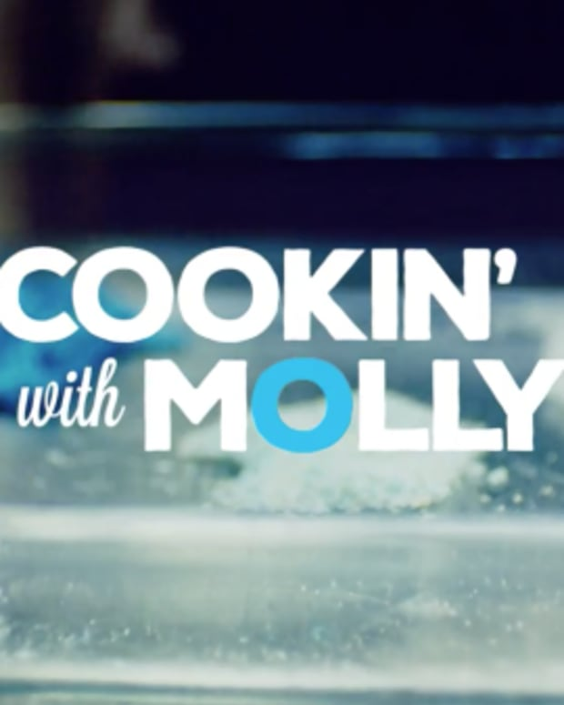Toronto Crime Stoppers - Cookin' With Molly