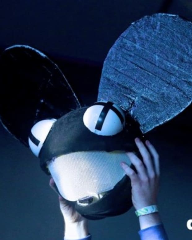 Did deadmau5 Hint At Headless Future?