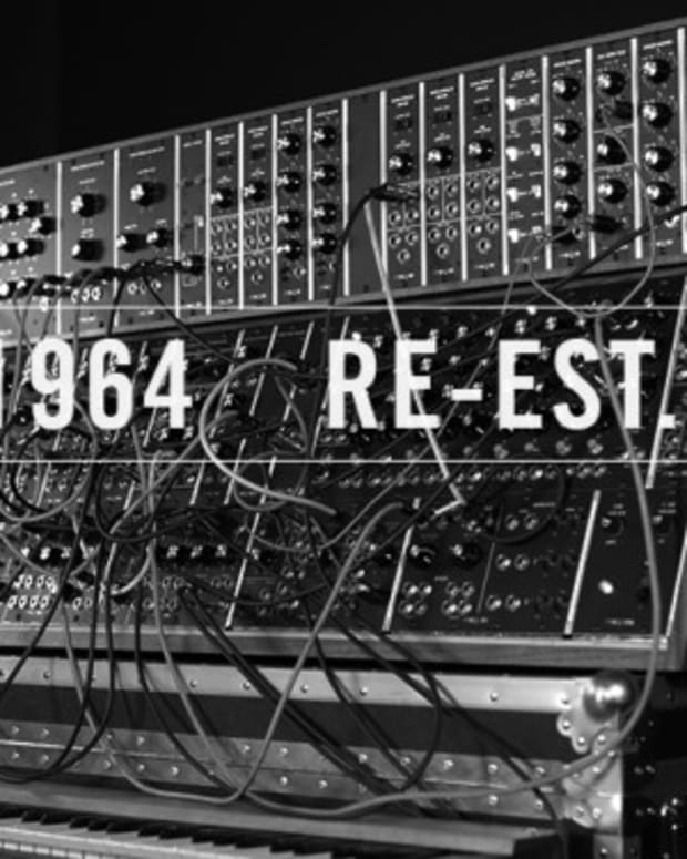 Moog Brings Back Modular Synth, Real Music Too?