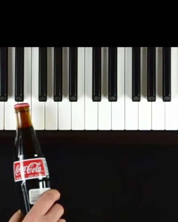 Hear 25 Jingles Played On A Keyboard Using The Advertised Products