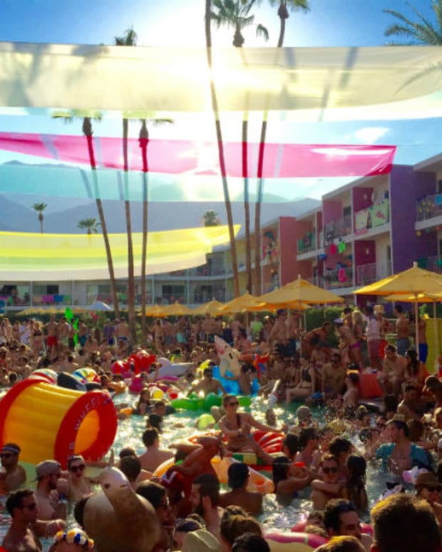 Wet & Wild at Splash House 2015