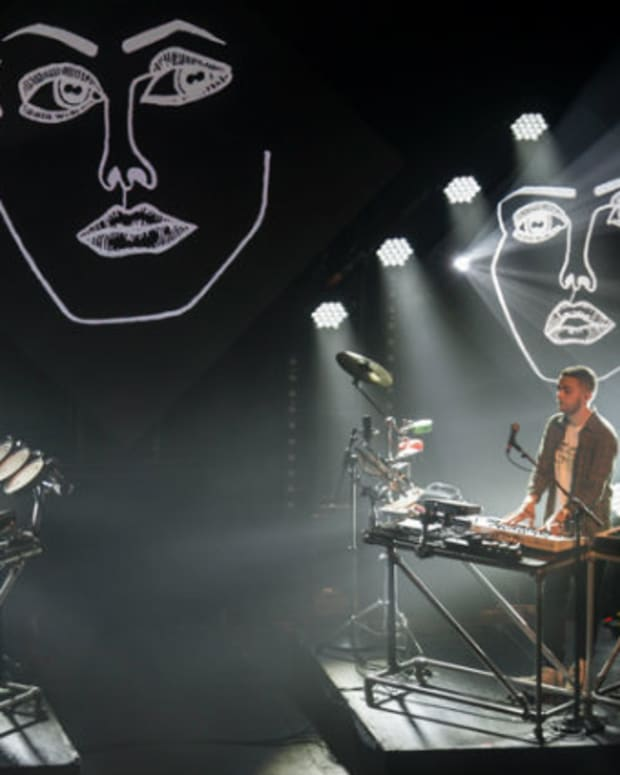 disclosure-live