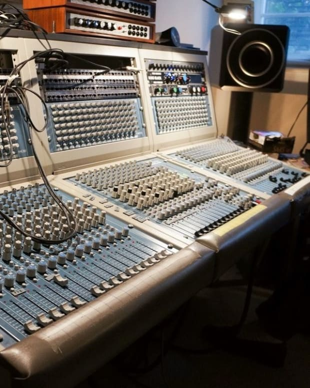 Moritz Von Oswald mixing board