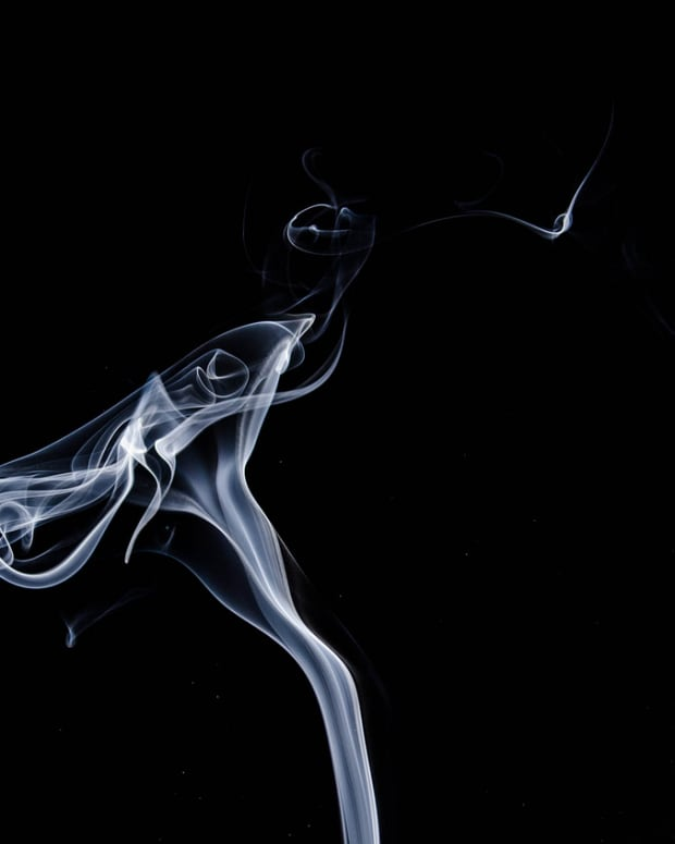 smoke-1001664_1280.png