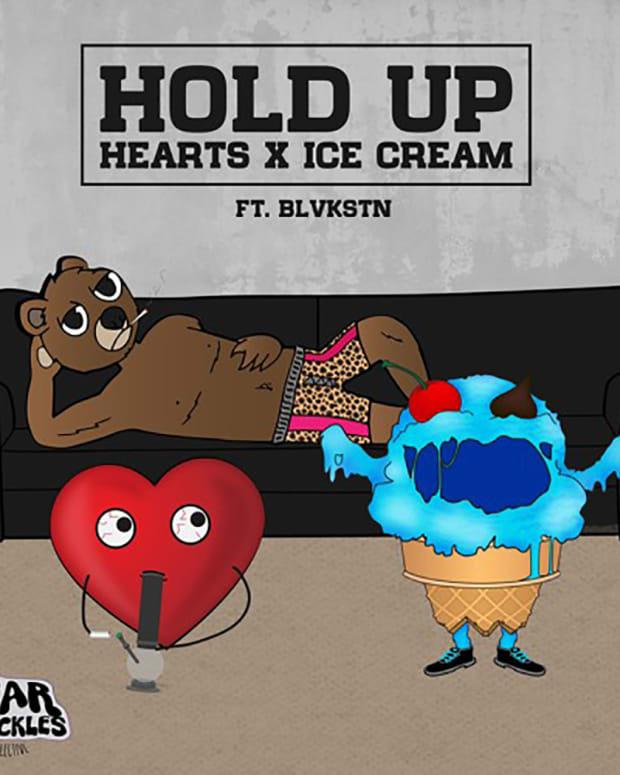 HoldUpArt