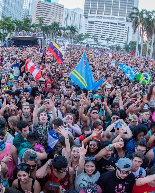 fans ultra music festival 2018