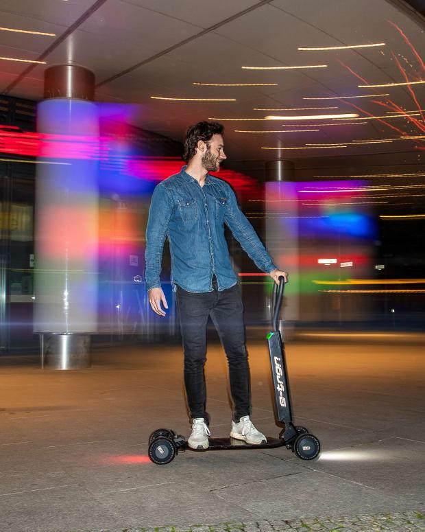 Audi e-tron Scooter skateboard