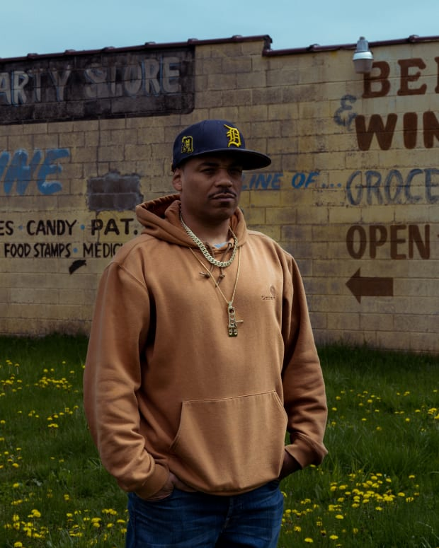 Omar S outside of the Conant Gardens Party Store, home of FXHE Records Detroit.