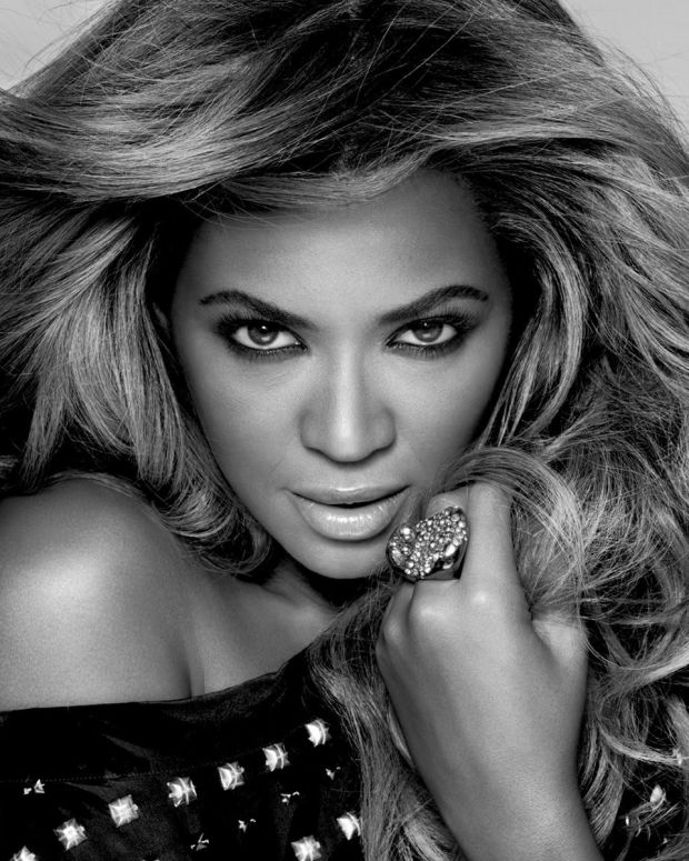 Bey-L-real-Womens-Day-beyonce-33286627-1600-1200.jpg