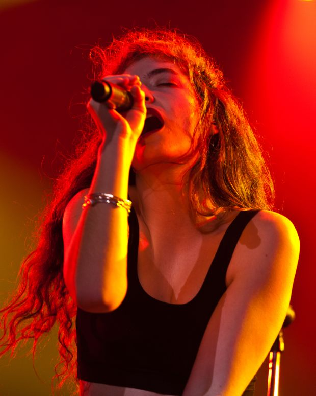 Lorde (photo by Liliane Callegari)